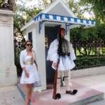 Saya dengan rok putih di Athena :)