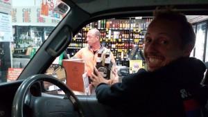 "Christian beli alkohol ""drive-thru"" :)"