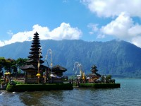 Gaya Turis Domestik di Bali